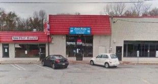 """""""Just Pups' storefront in Paramus  Photo from NJ.com"""