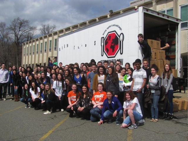 Pascack Hills Hosts Stops Hunger Now Event
