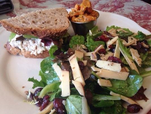 Food Review: Rolling Pin Cafe