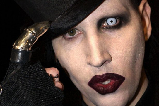 Marilyn manson on celebrity ghost stories