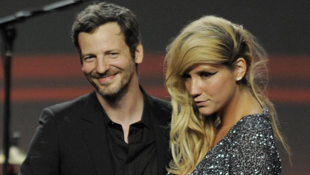 Kesha%2C+pictured+with+her+producer%2C+Dr.+Luke%2C+in+2011.+Photo+by%3A+CBS+News