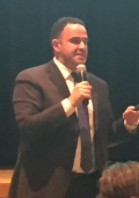 Kevin Sabet speaks to the audience at Pascack Valley. Photo by Matthew Wikfors.