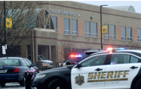 Shooter Dead and 2 Students Shot in Maryland High School