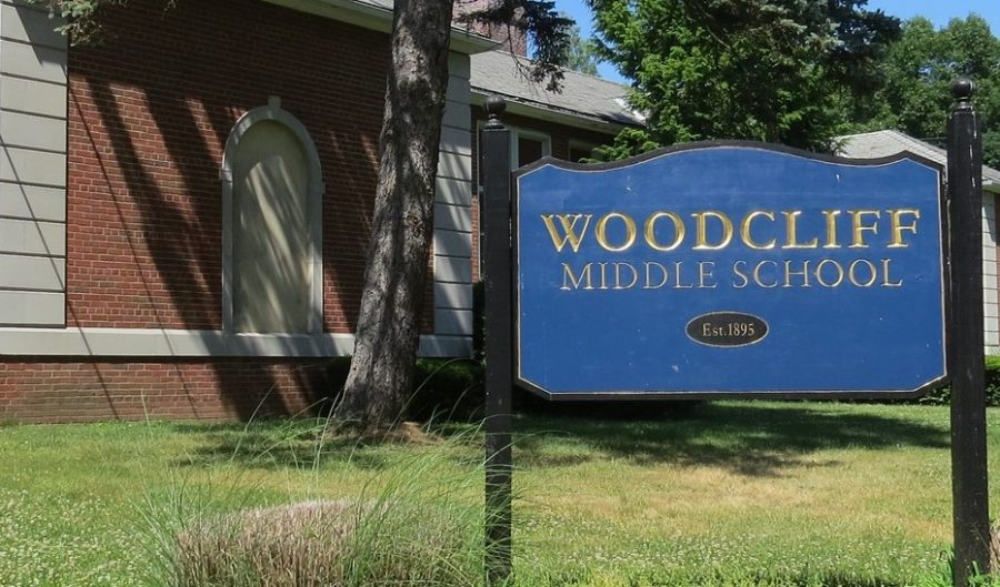The+front+of+Woodcliff+Middle+School%2C+which+sends+many+of+its+students+to+Pascack+Hills+after+they+graduate.