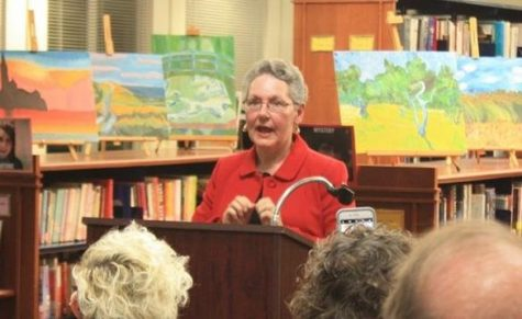 Bissinger pictured at an event in the Pascack Hills library in December 2018.